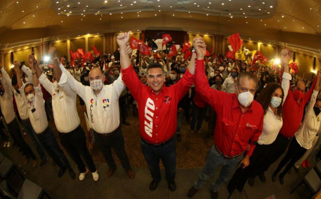 Llama Alejandro Moreno a defender las instituciones y el equilibrio en México, respaldando a  los candidatos de la alianza PRI-PAN-PRD